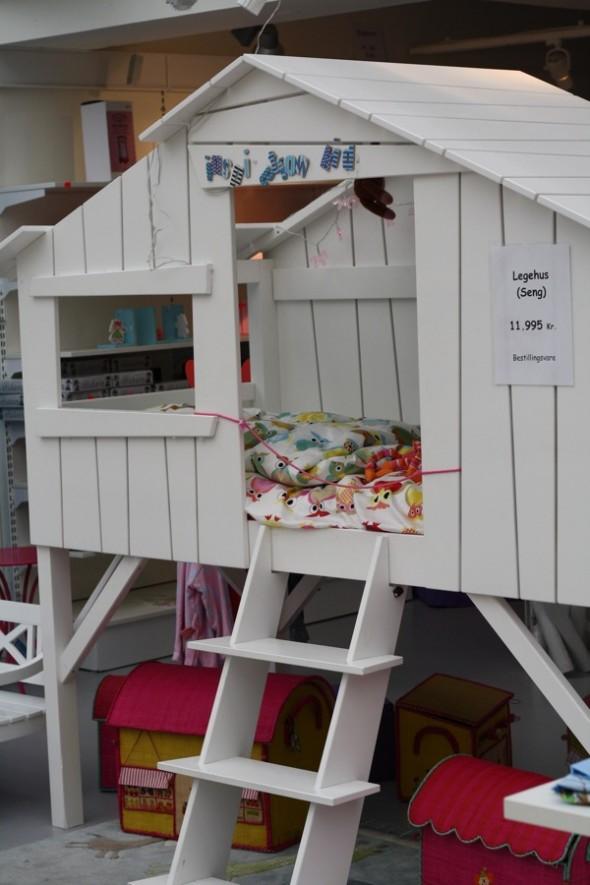 seng til dreng Juniorseng forklædt som legehus seng til dreng