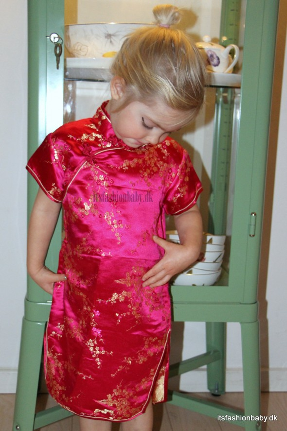 kinesisk kjole til børn