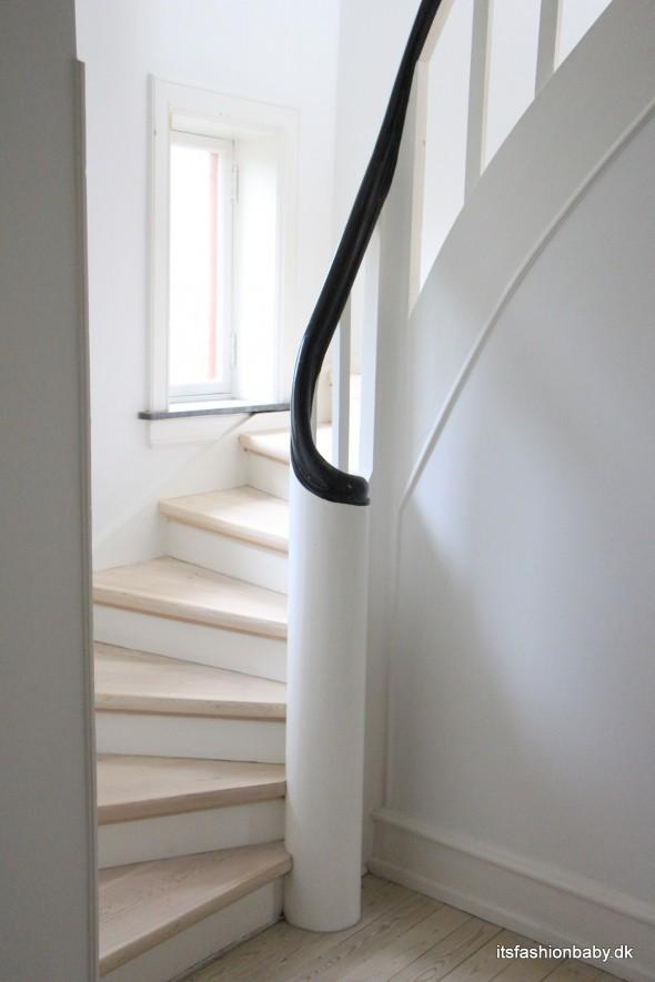Den fineste trappe op til 1. sal