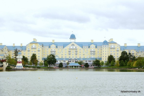 hotel newport bay club disneyland paris