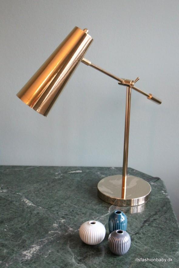 Flot skrivebordslampe - en flot lampe i messing til dit skrivebord