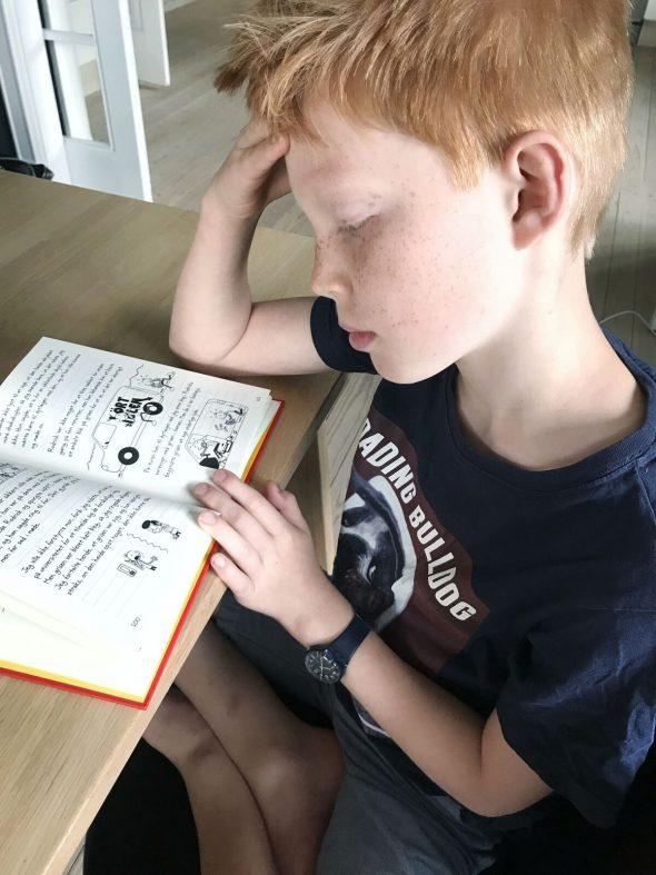 Anmeldelse af børnebogen Whimpy Kid 11 Katastrofekurs