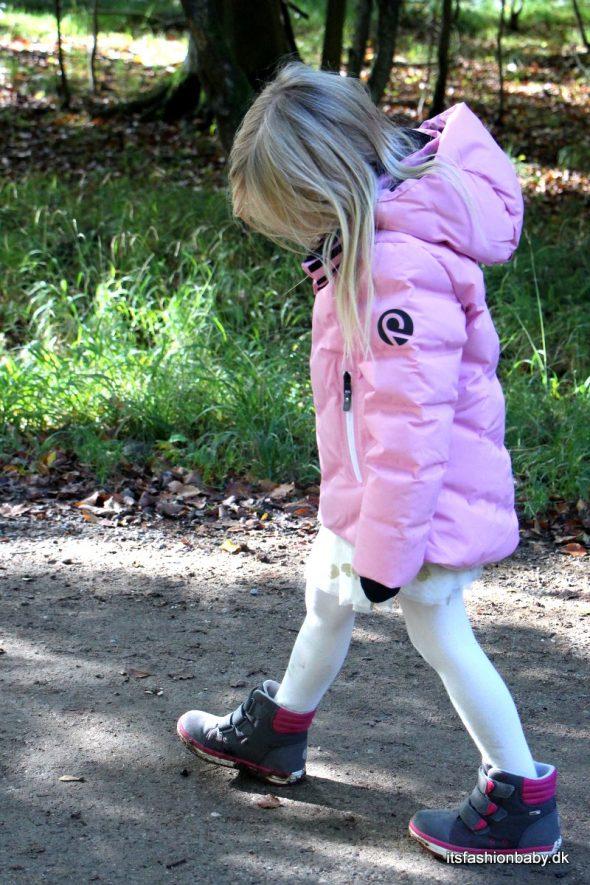 d6fe2f88 Her kommer en test og anmeldelse af overtøj til børn – vintertøj fra Reima.  Det føles lidt som om sommeren pludselig bare er smuttet uden at sige  farvel ...