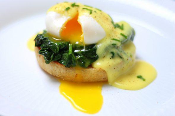 Let opskrift med pocheret æg