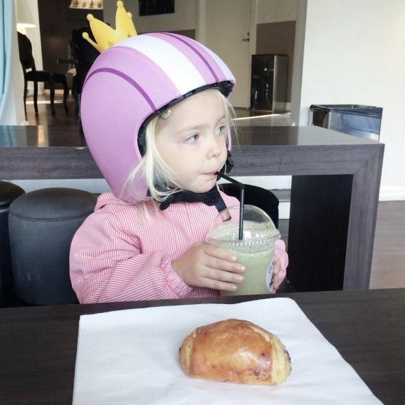 Cykelhjelm til børn fra Egg Helmet