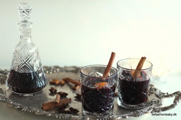 God og nem opskrift på den bedste hjemmelavet gløgg med rødvin og ekstrat