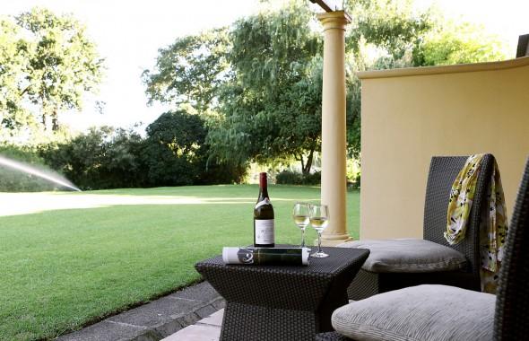 6 Hotel - Signature Riverside Garden Terrace Veranda