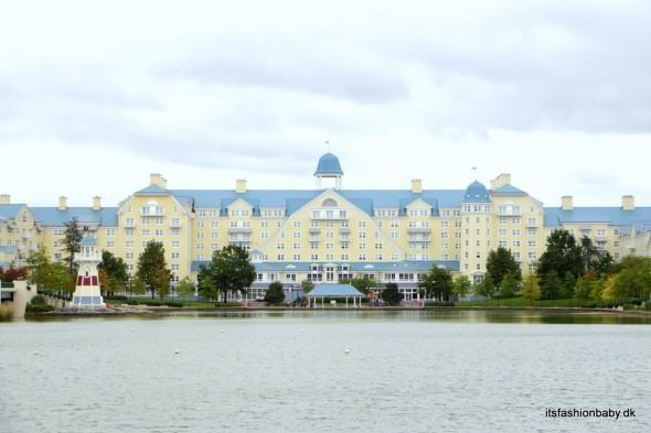 hotel newport bay club disneyland paris