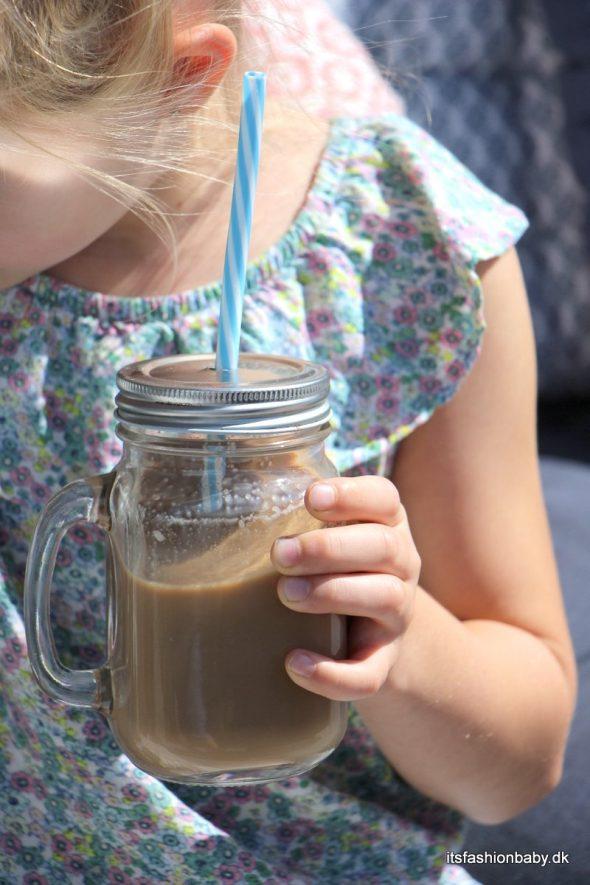 Nem opskrift på iskaffe til børn uden koffein