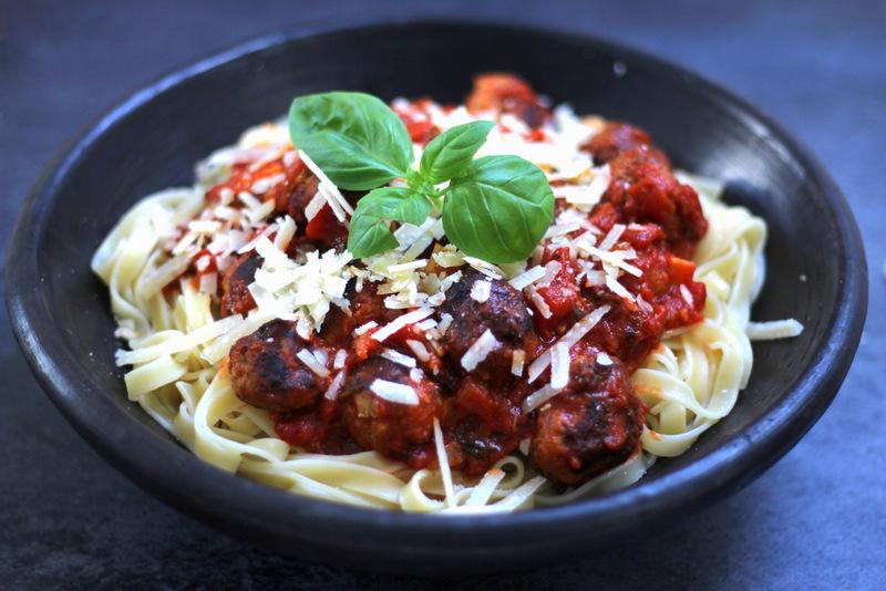 opskrift på spaghetti kødboller