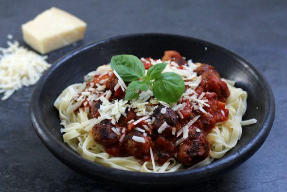opskrift spaghetti meatballs