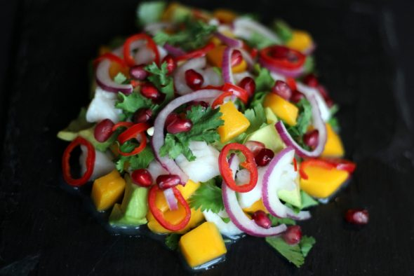 opskrift ceviche med torsk avocado mango granatæble og koriander